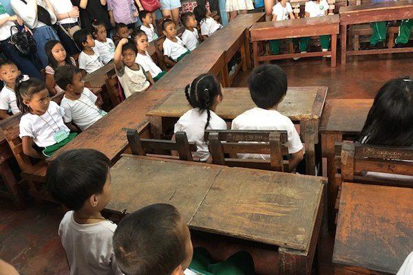 セブ島留学地元の子供たちとふれあったアウトリーチプログラム