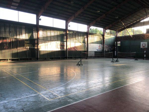 CIPの広い体育館